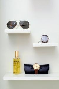 shelf_display2_400