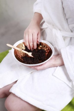 JAVA Body Scrub in a Bowl